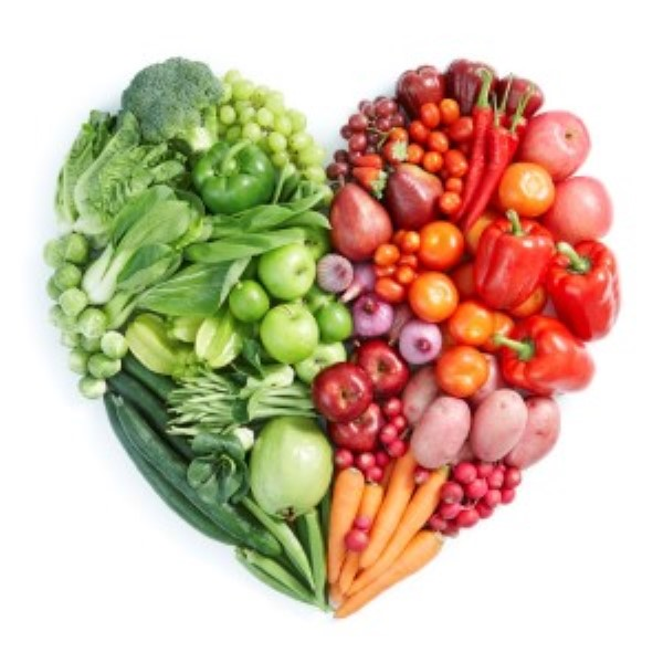 Illustrasjonsbilde i form av hjerte fylt med ulike frukt og grønnsaker