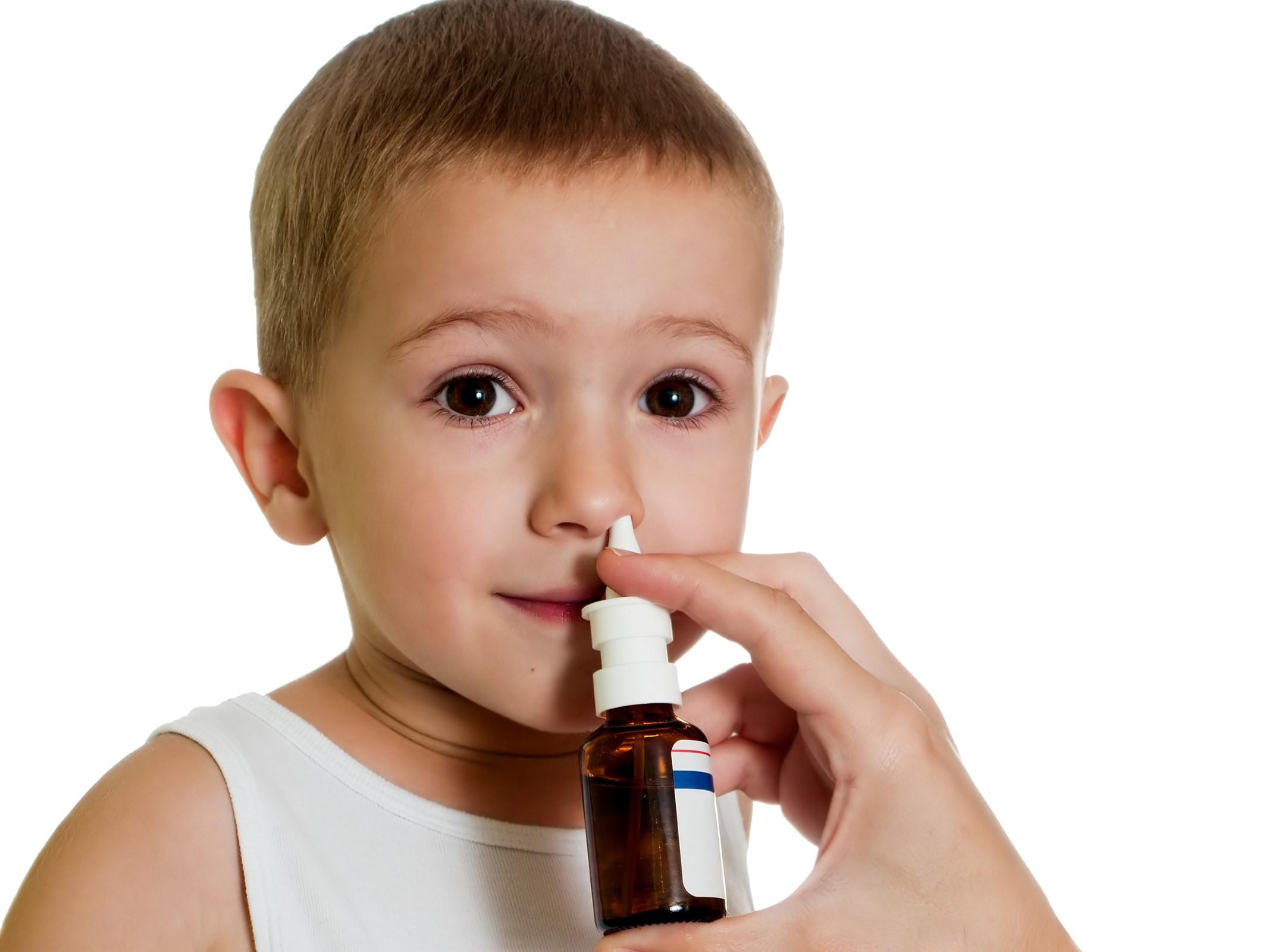 Overdose av nesespray kan gi alvorlige forgiftninger hos barn