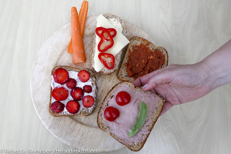 Sunne brødskiver med pålegg til barn trenger ikke være så vanskelig å få til.