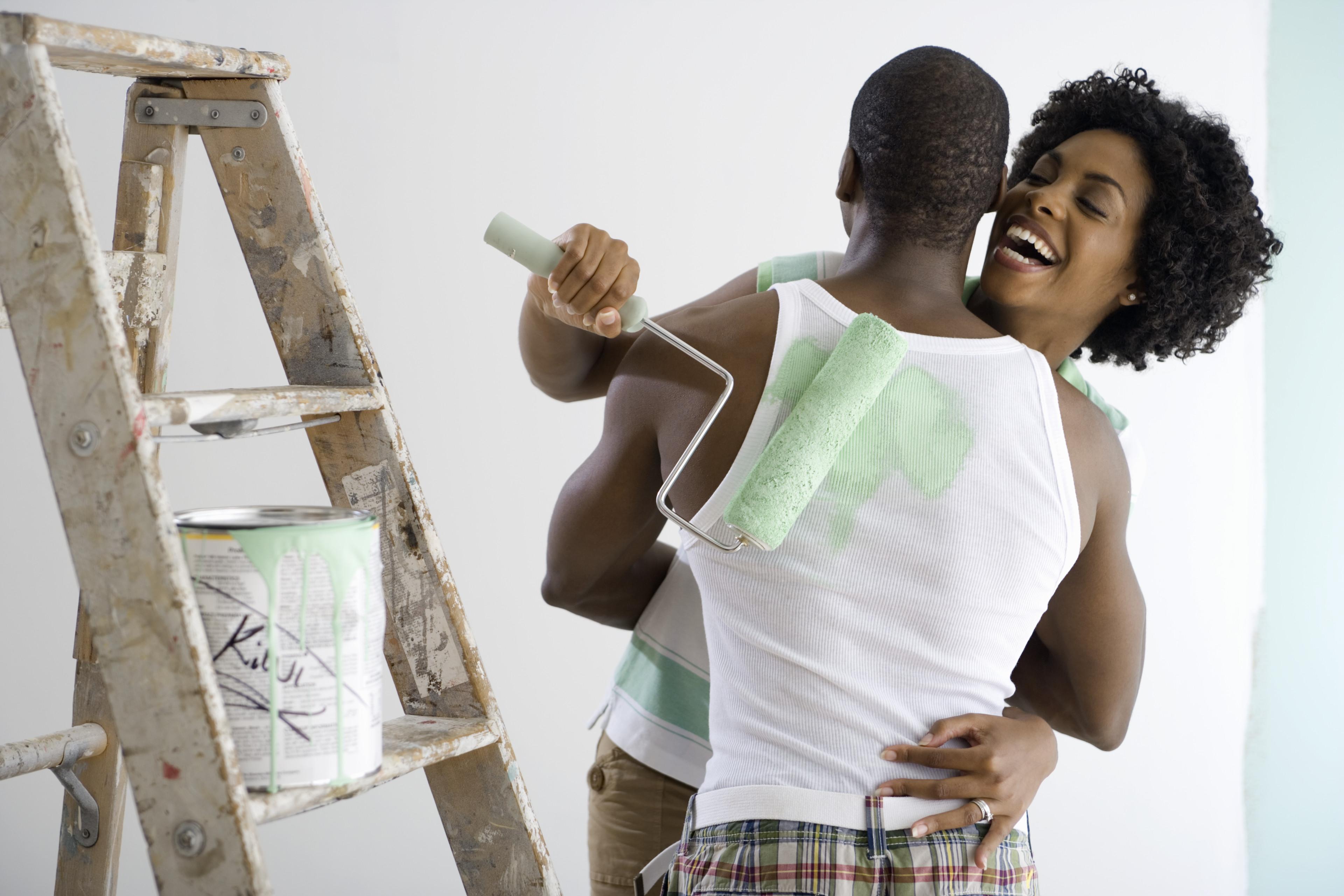 Stressinkontinens fører til lekkasje av urin ved latter, trening ol.