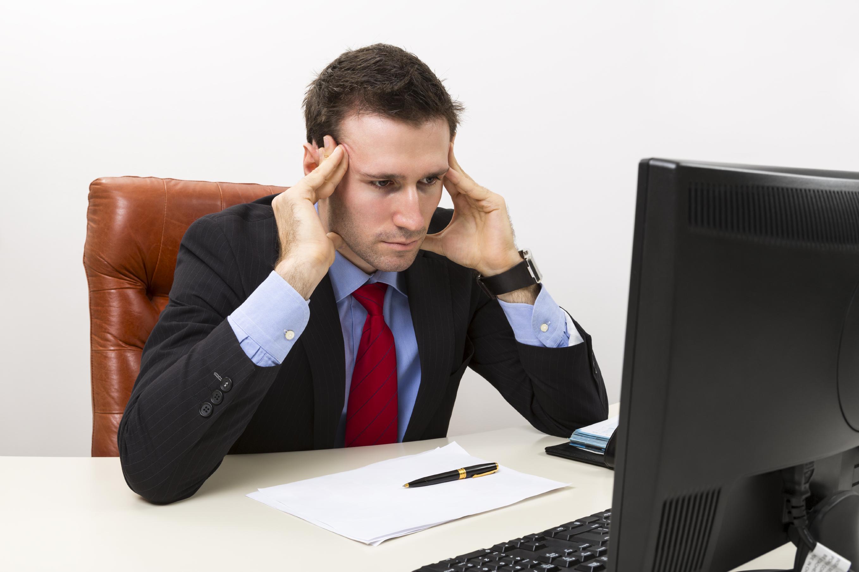 Spenningshodepine kommer ofte av psykisk stress.